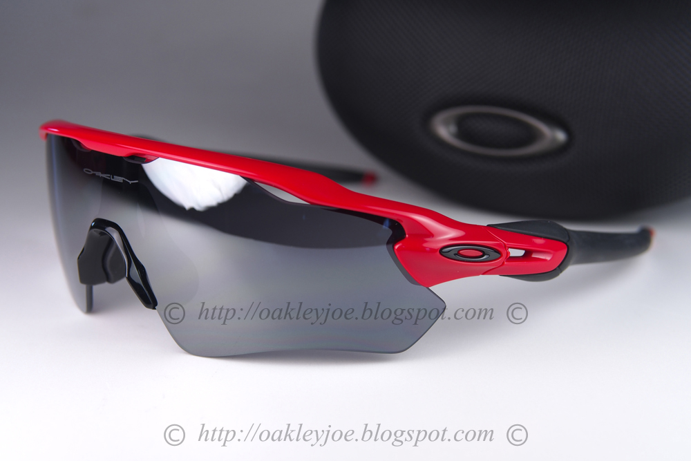 03341feded lens pre coated with Oakley hydrophobic nano solution complete set comes  with vault