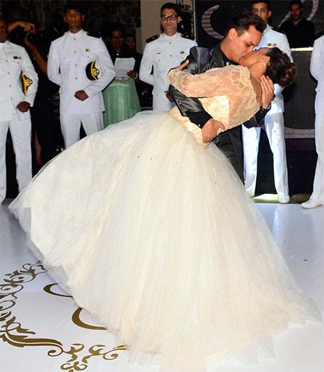 Solange Couto, festa 60 anos estilo debutante, vestido valsa