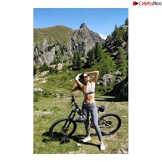 Bruna Abdullah in Grey Tube top .xyz Exclusive Pics.jpg