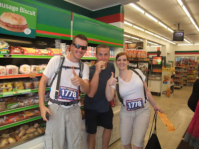 great urban race challange, eat, get picture with