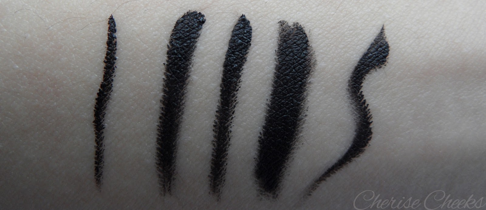 Infallible Lacquer Liner 24H by L'Oreal #17