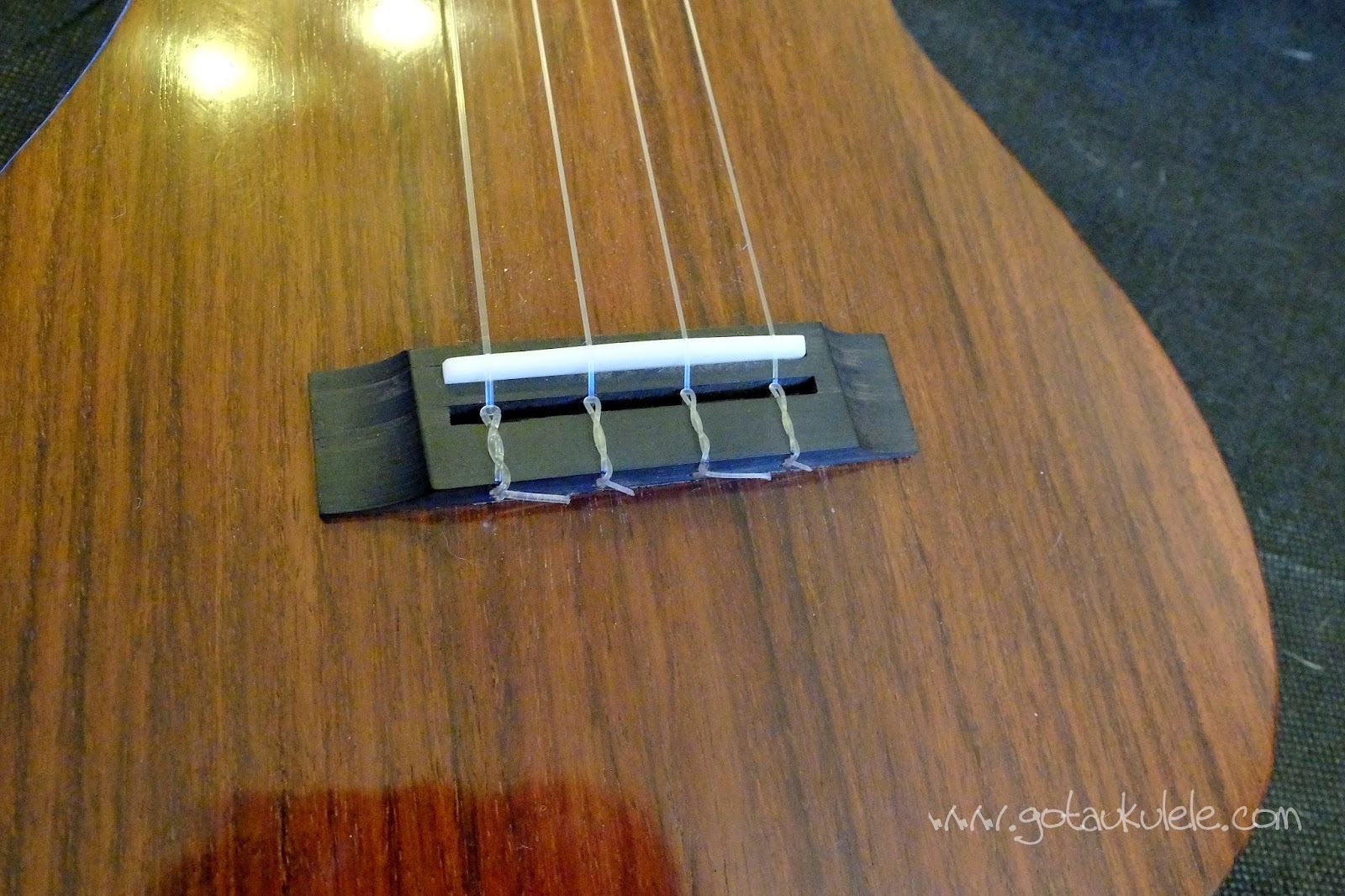 Tinguitar custom build solid electro tenor bridge