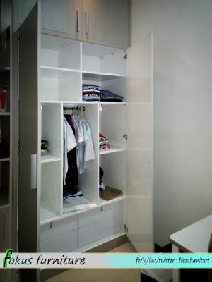Gambar dalam bagian lemari
