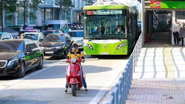 Tuyến BRT tại Hà Nội nhận cơn mưa sai phạm