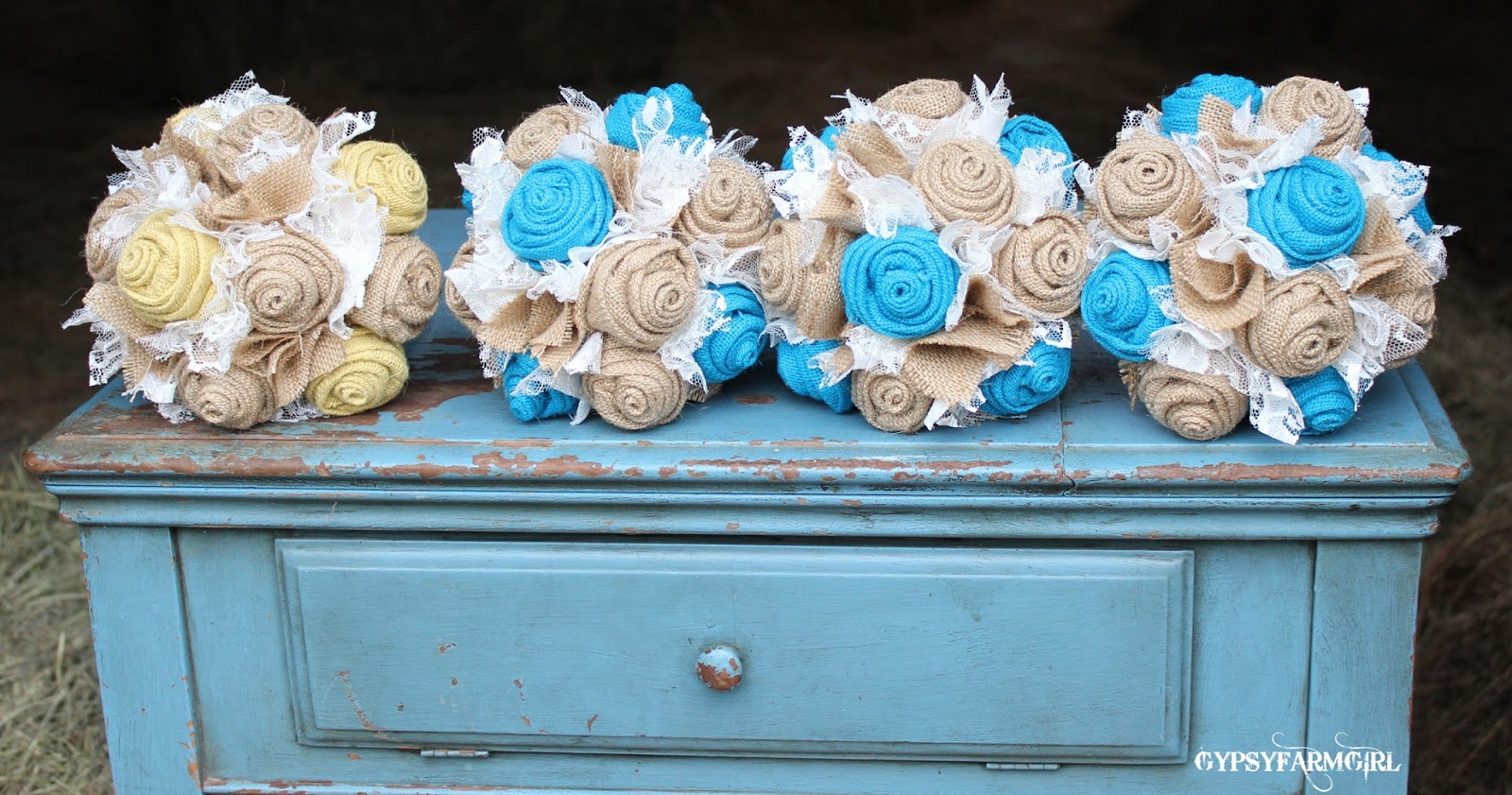 burlap bridesmaid bouquets