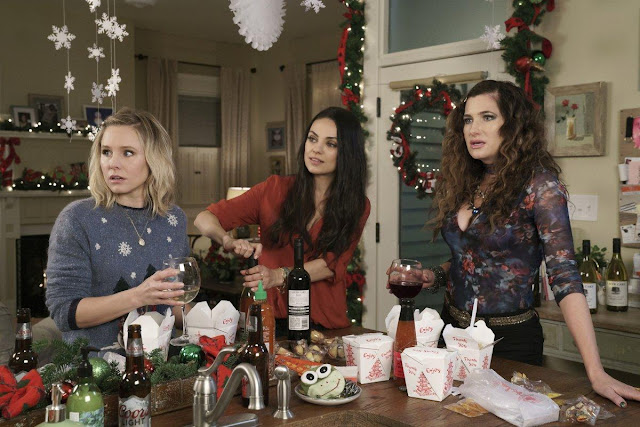 'A Bad Moms Christmas' is a gift that keeps on disappointing Onlinelatesttrends