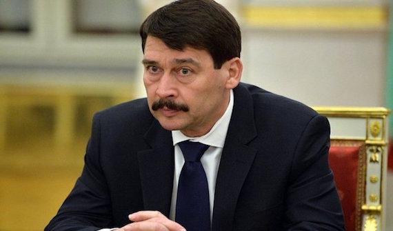 Hungría devuelve en caliente refugiados mientras plantea un referéndum sobre su acogida