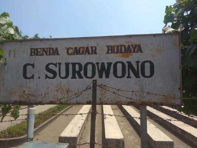 Foto Plakat Candi Surowono