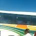 Ônibus da Cidade Sol que seguia para Mairi, apresenta problema e fumaça na BA-052