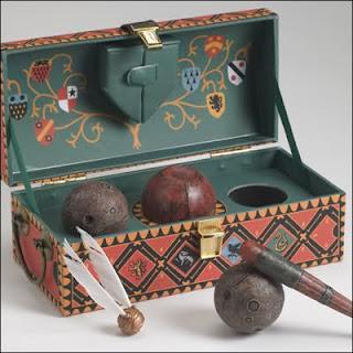 La scatola contenente le palle del Quidditch