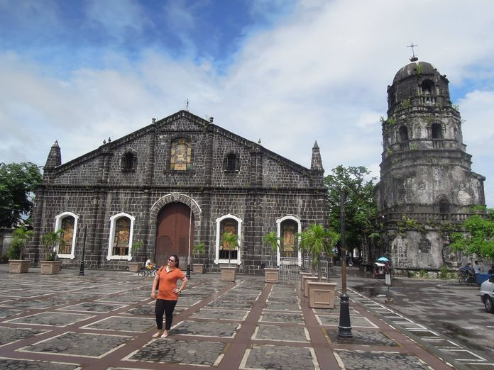 The plaza in front of Tabaco Church