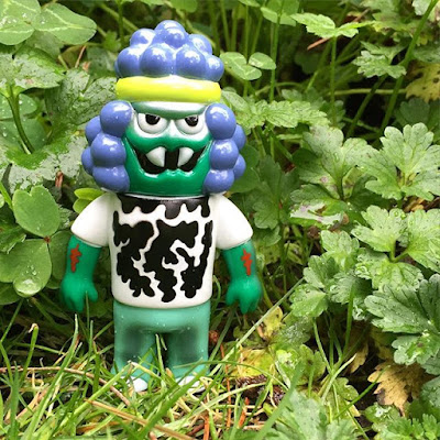 Hulkin' Out Hollis Price Vinyl Figure by Le Merde x Super7