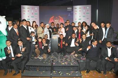 senarai nama 15 peserta maharaja lawak mega mlm 2016, hadiah juara pemenang maharaja lawak mega mlm 2016, misi lawak ck faizal, johan dalam mlm 2016, gambar mlm 2016