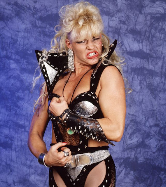 Before Daffney There Was Luna Vachon
