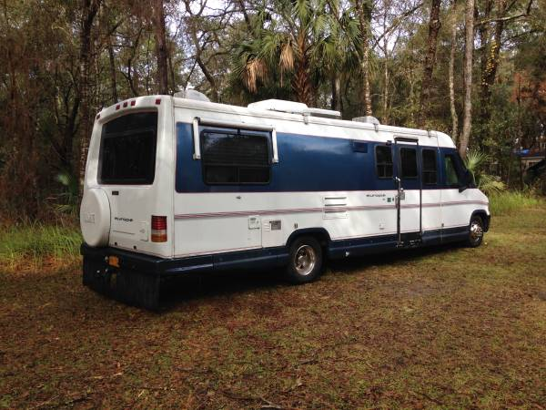 used rvs 1995 europa 28 foot motorhome for sale by owner. Black Bedroom Furniture Sets. Home Design Ideas
