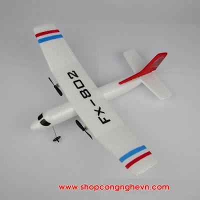 Máy bay cánh bằng trên 100m