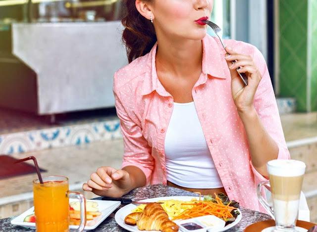 5 lý do bạn không nên bỏ bữa ăn sáng
