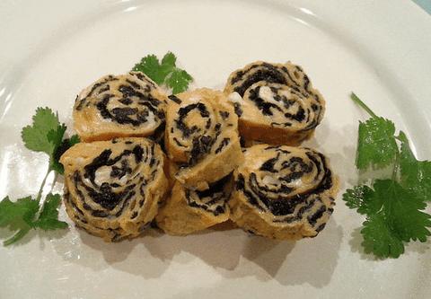 Seaweed egg rolls