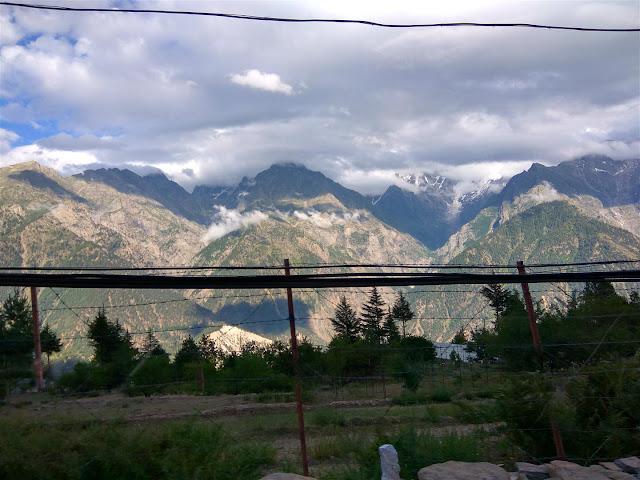 View en-route Kalpa