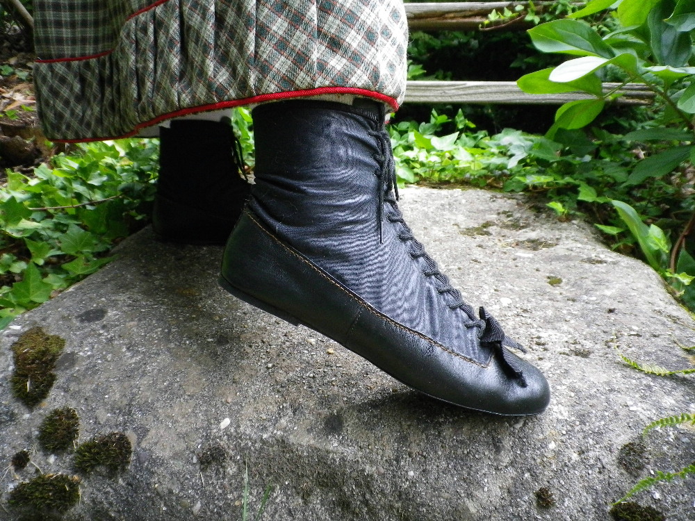 American Duchess Shoes Black