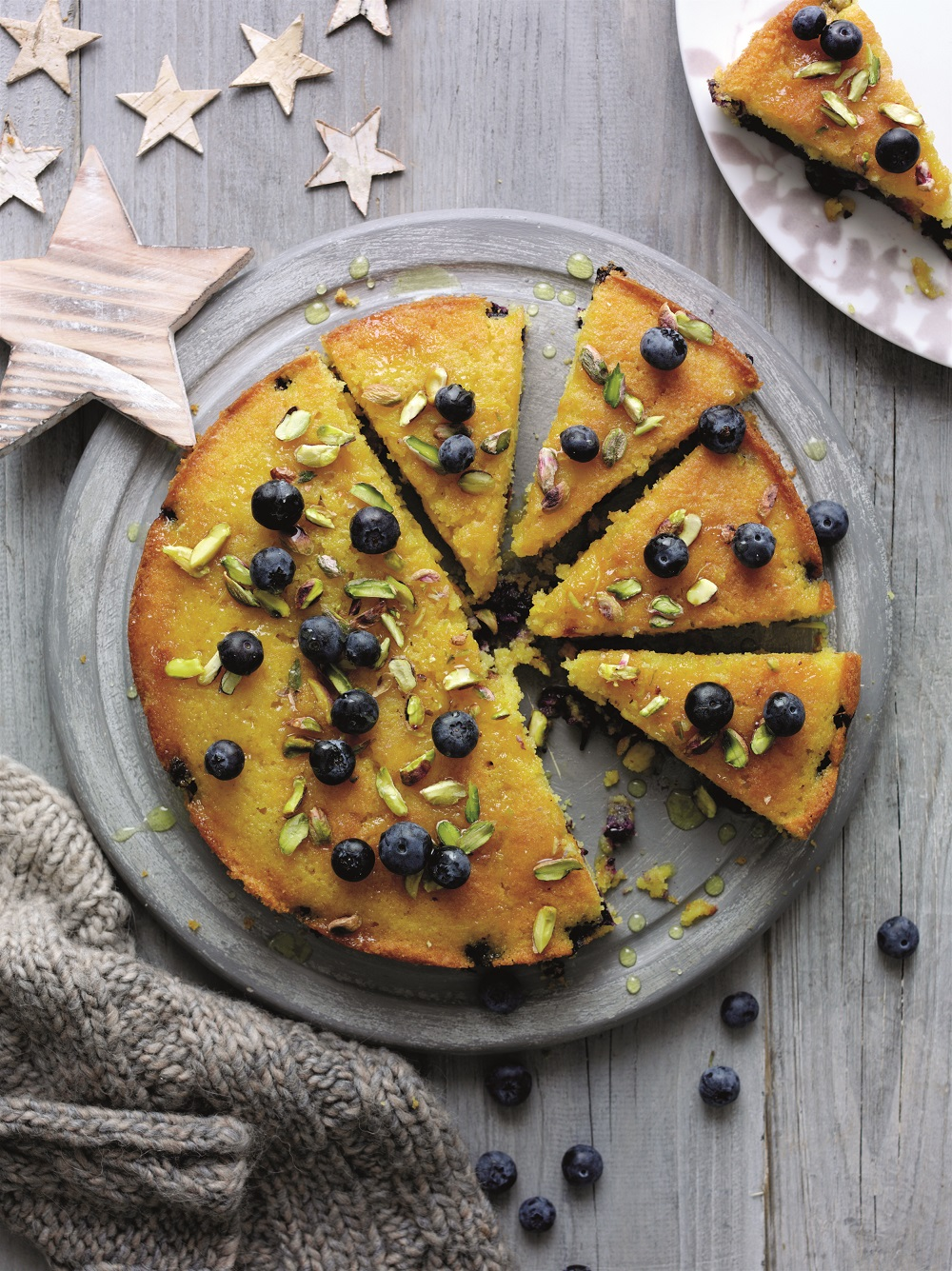 How To Make A Blueberry, Orange And Polenta Cake
