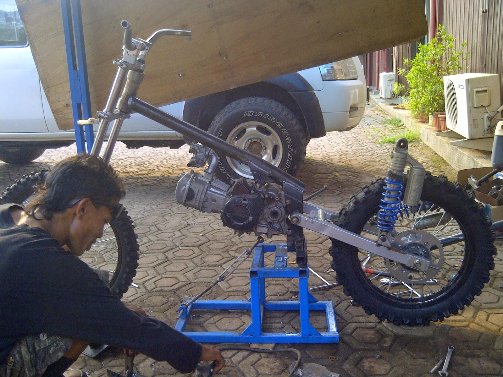 Honda Blade 110cc Modif Trail Grasstrack Trabas Adventur