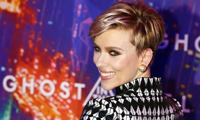 Scarlett Johansson revela ter sido esnobada por Bob Dylan