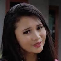 Lirik Lagu Minang Dilla Novera - Ratok Ka Payuang Kuniang