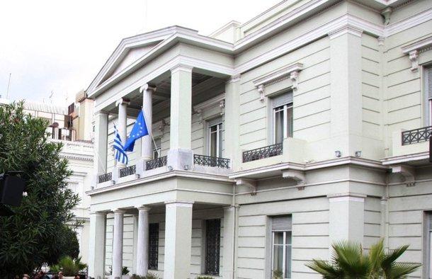 ΥΠΕΞ: Επιστροφή στο καθεστώς Χότζα, ο νόμος για τις μειονότητες στην Αλβανία