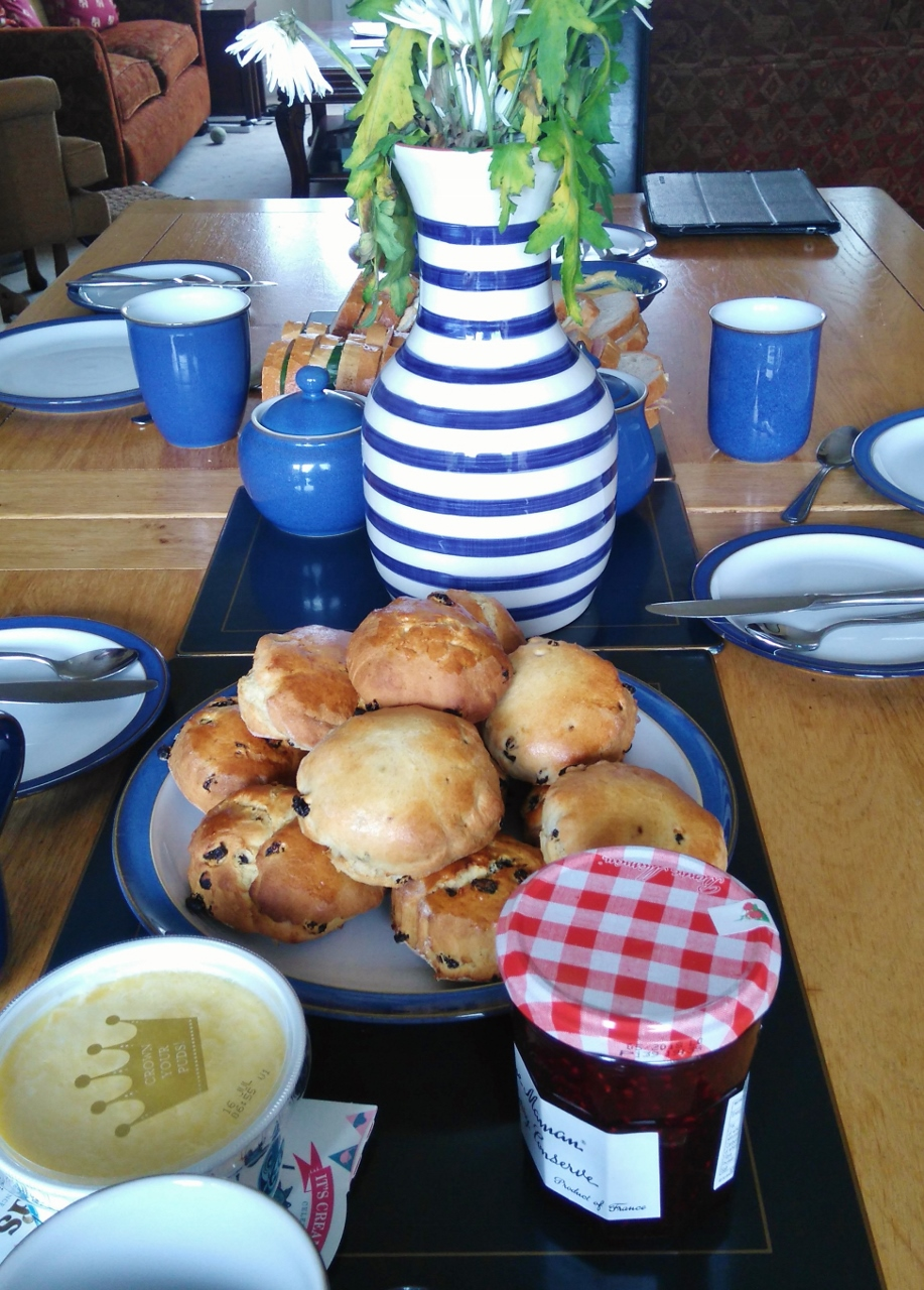 Ten Happy Things and the Happiness Link Up, Cream Tea