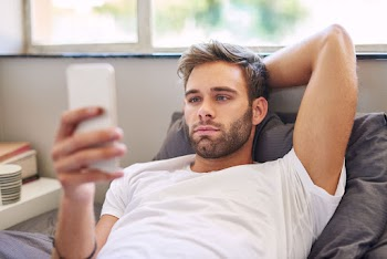 Γιατί με κλειστό κινητό κοιμάσαι καλύτερα