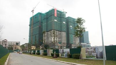 Chính thức cất nóc tòa nhà chung cư Home City