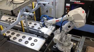 robotik cnc torna tezgah besleme sistemi