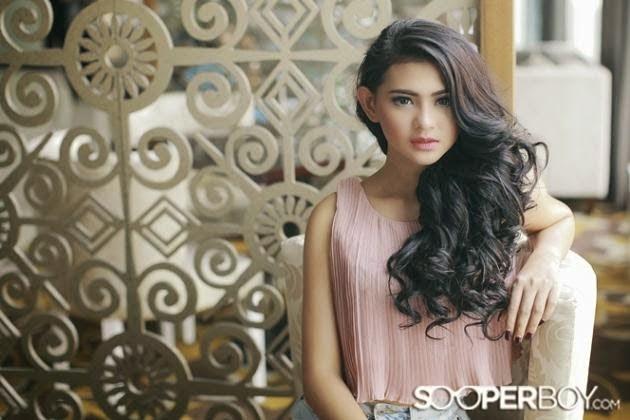 Amandha Curlly Photoshoot Model Sooperboy