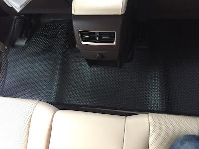 Thảm lót sàn ô tô Lexus RX200t