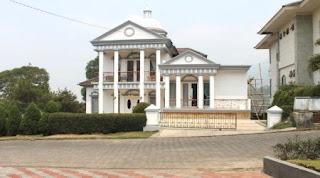 Villa Qubah Istana Bunga Lembang