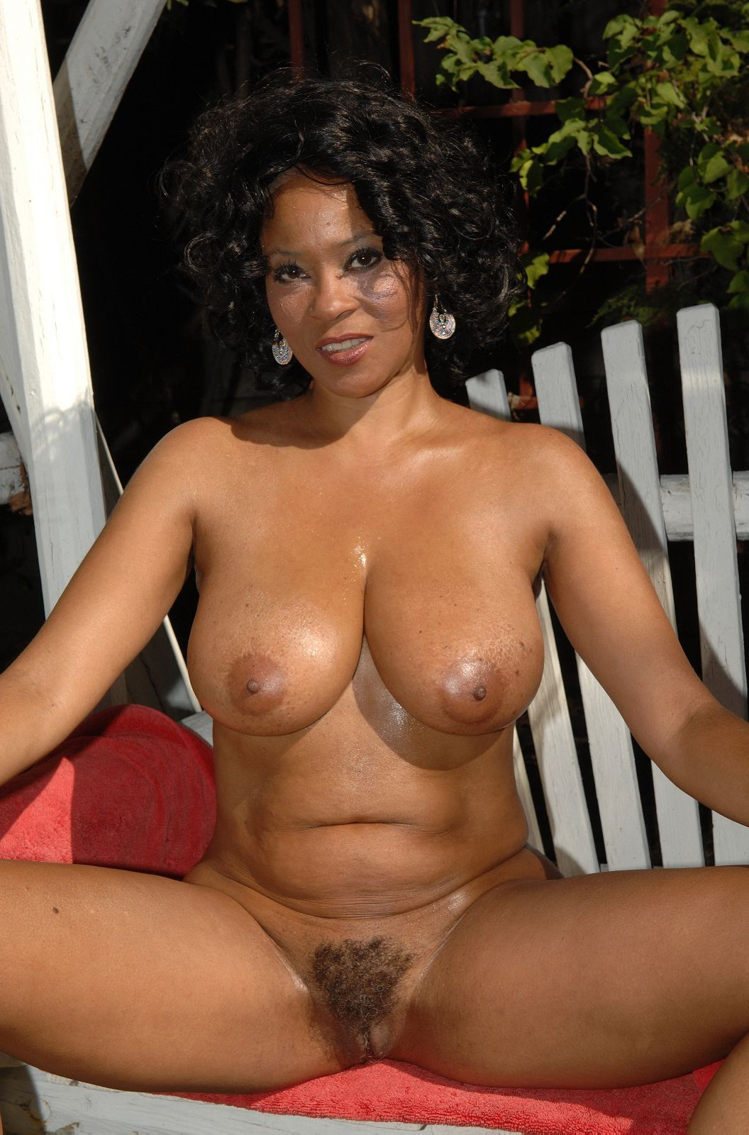 Mature ebony mom nude pity