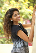 Karuna photos in jeans-thumbnail-8