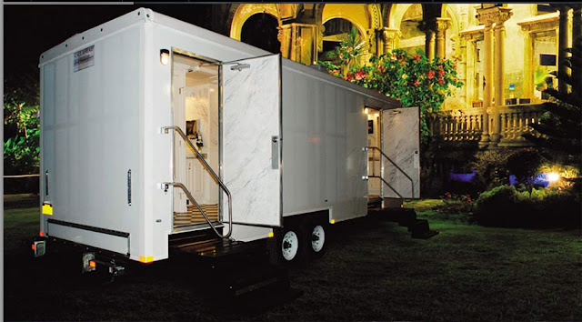 Restroom Trailer Rental / The Plaza