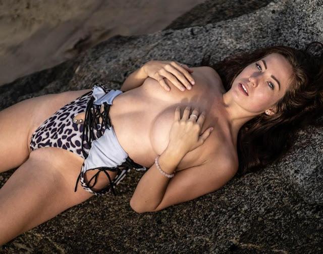 Alanna Pearson tits