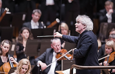 Sir Simon Rattle & the London Symphony Orchestra (Photo Tristram Kenton)