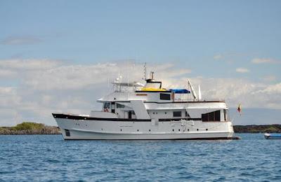Tours Galápagos Yates de primera clase Crucero Yate Beluga