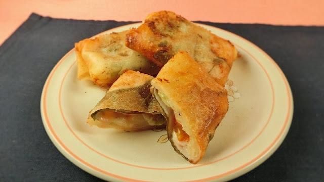 春巻きにセルリーとチーズを組み合わせるとモリモリ食べれるレシピ
