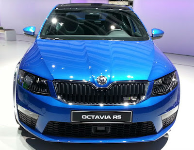 New 2017 Skoda Octavia vRS front view Hd Photos