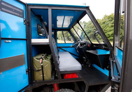 www.Tinuku.com Anti-aesthetic design, OX truck packed and assembled in less than 12 hours