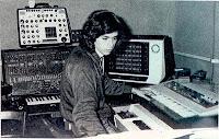 Jean Michel Jarre 1976-ban zenestúdiójában