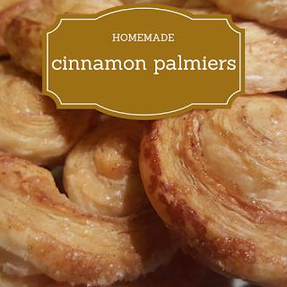 http://keepingitrreal.blogspot.com.es/2017/01/homemade-cinnamon-palmiers.html
