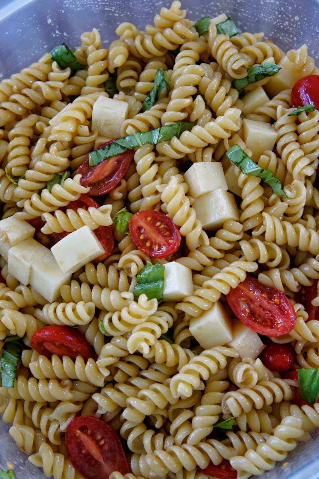 Caprese Pasta Salad: Savory Sweet and Satisfying