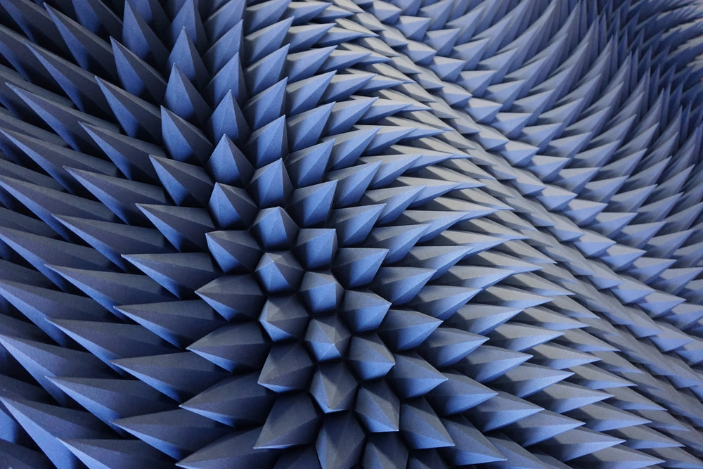 11-Stagger-Detail-Matt-Shlian-Paper-Engineer-Creating-Paper-Art-www-designstack-co