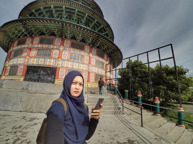Megahnya Pagoda Tian Ti